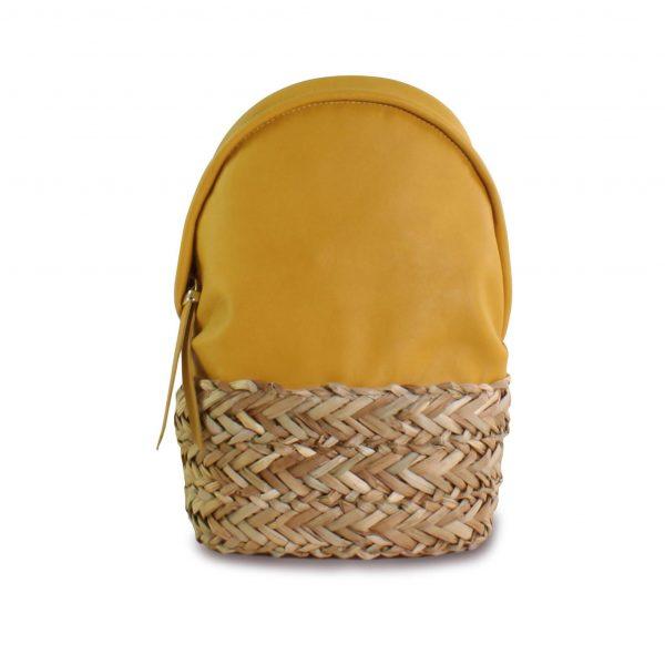 Dasha mochila amarilla mostaza en piel y palma trenzada